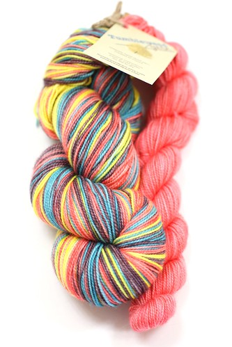 Tumbleweed Yarn Candy Necklace   by aug3zimm