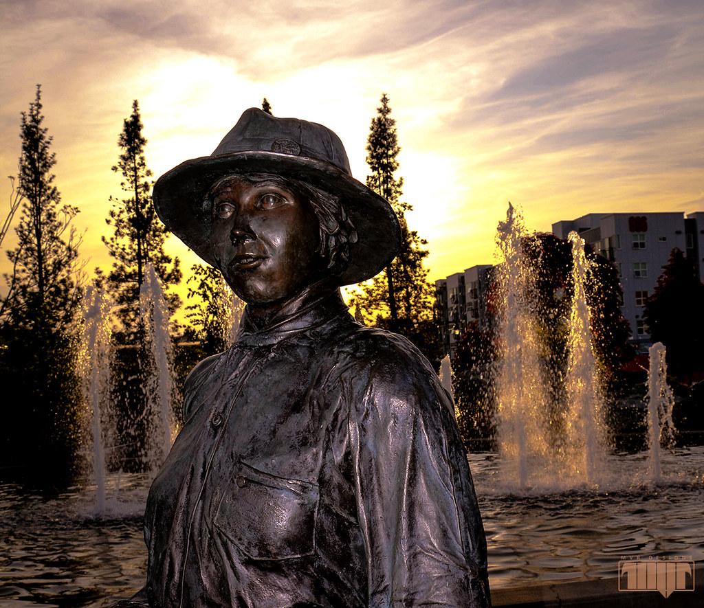 Esther Bielmeier (Bremerton, WA) | Statue of Esther ...