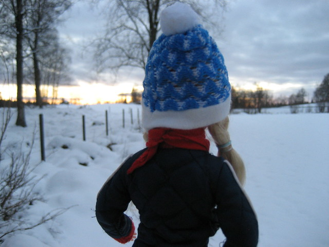 6.  Sindy in the snow.
