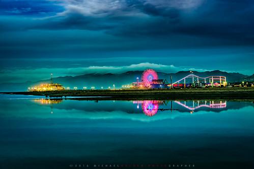 california reflection beach night clouds sunrise dark losangeles santamonica ferriswheel amusementpark rollercoaster symetry bluehour santamonicapier dogtown ocian