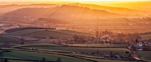 morning sunrise landscape devon rays exe shaftsoflight killerton thorverton middevon raddonhill
