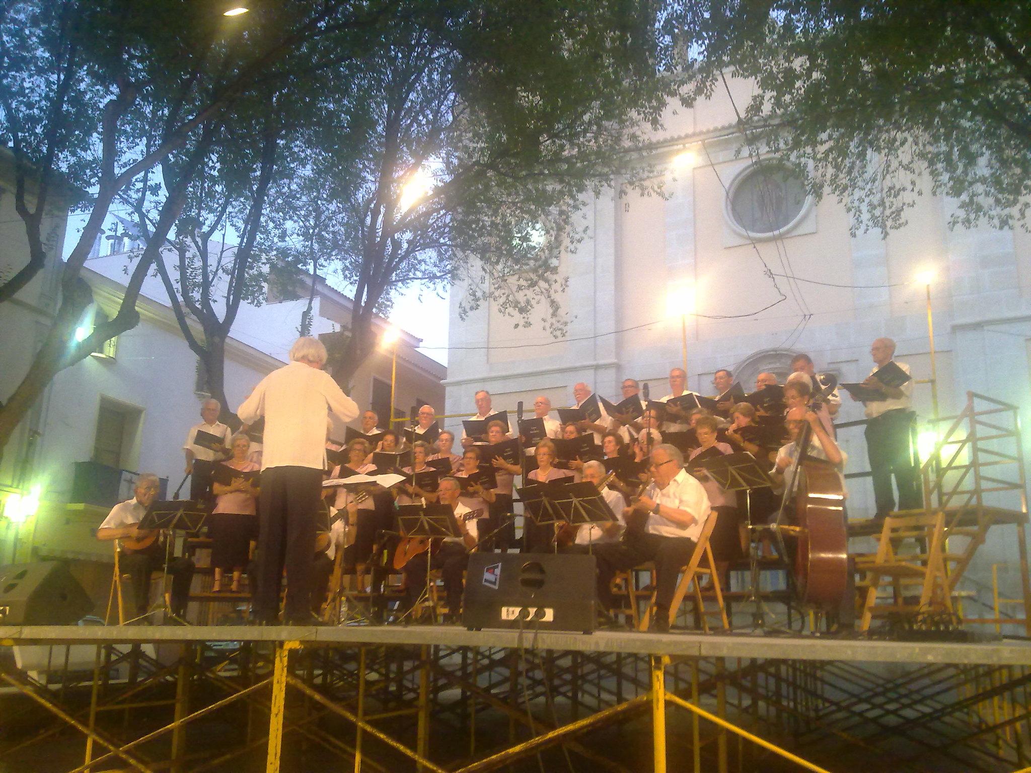 (2012-06-29) - Cocierto Rondalla CEAM - José vicente Romero Ripoll (06)