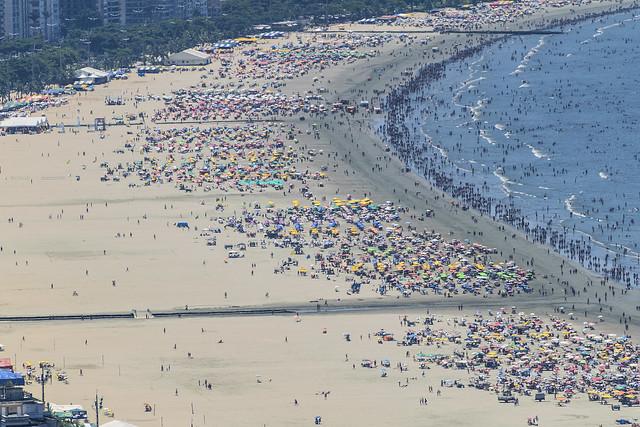 Sunday on Santos beach 31/jan/2016