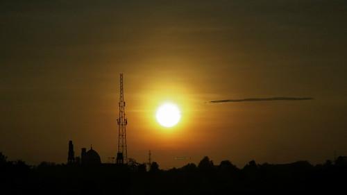 sky sun moon color silhouette canon indonesia landscape solar eclipse uv powershot filter jakarta filters bogor partial cpl solareclipse depok chdk sx50 sx50hs canonpowershotsx50hs
