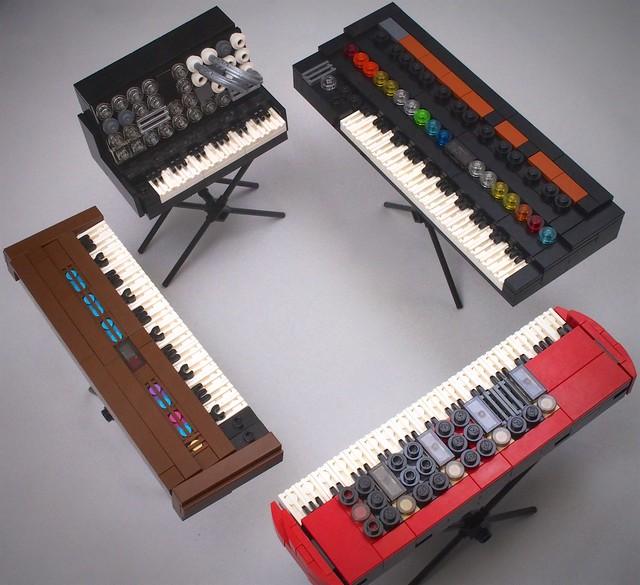 4 keyboards: Yamaha DX7, Korg MS-20, Roland Jupiter-8, and Nord Stage