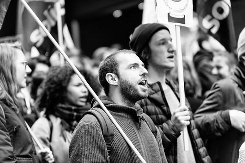 Manifestation contre le sommet des pilleurs et pollueurs | by DeGust
