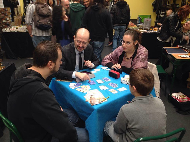 "2016 - Play Modena - Demo di Herr Kompositor card game ""Comporre è un gioco"", stand di Stratagemma (FI)"