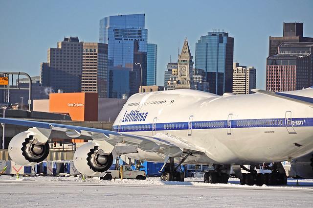 D-ABYT Lufthansa B747-800 Retro livery