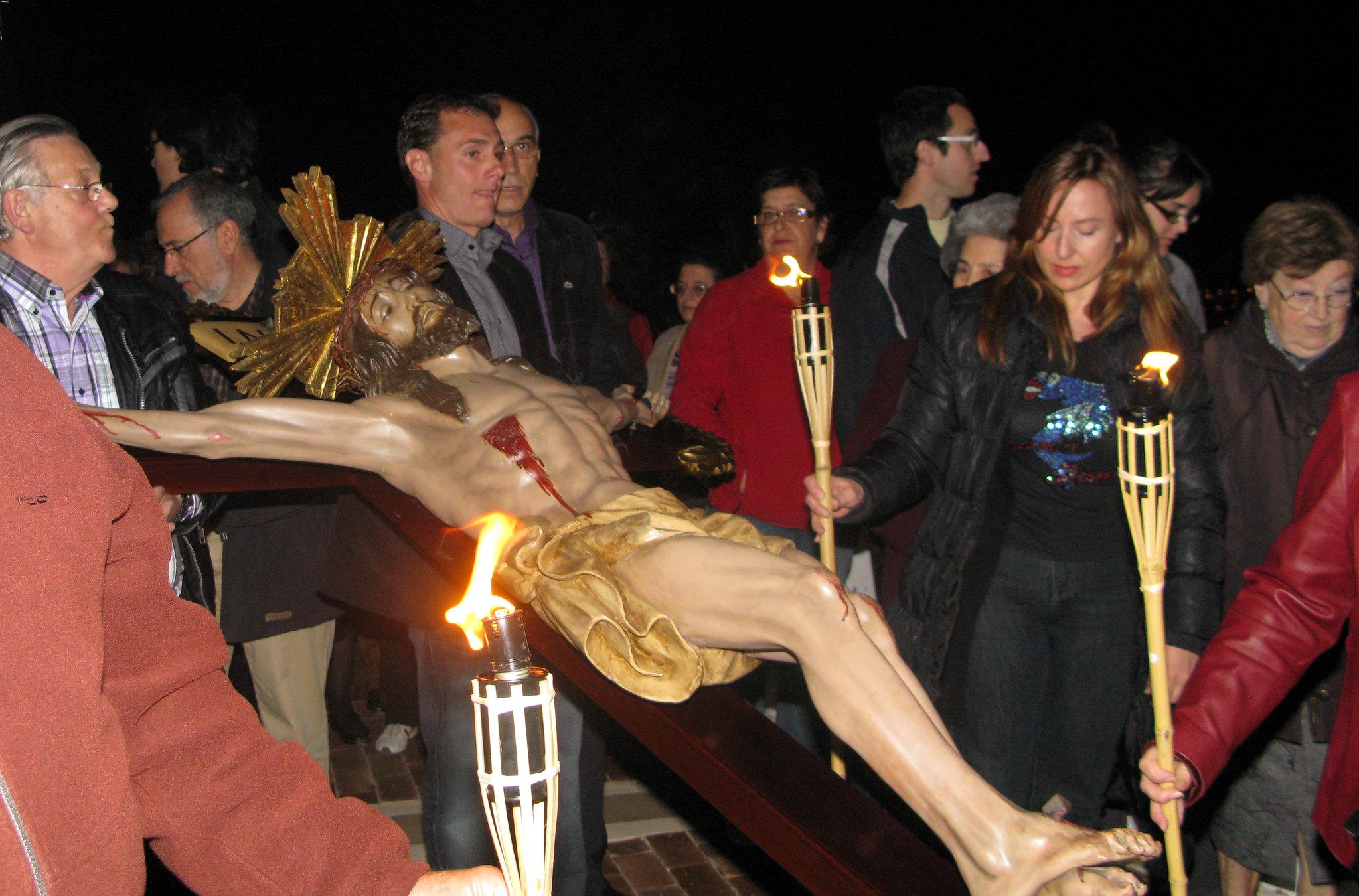 (2011-04-15) - II Vía Crucis nocturno -  Antonio Verdú Navarro (08)