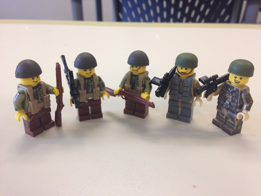 Lego WW2- British and German Paratroopers | Cooper Reed | Flickr