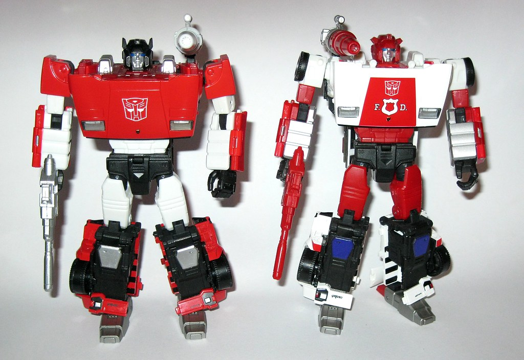 Takara MP-14 Red Alert Actions Figure Top for Transformers Masterpiece Series