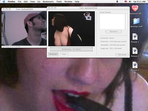 kiss frame to frame