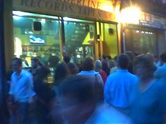 Fans watching U2 DVD on Fleet Street, Dublin