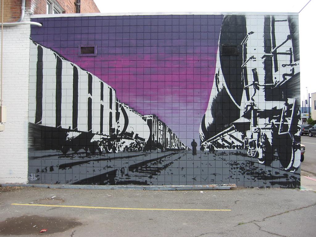pondo train mural