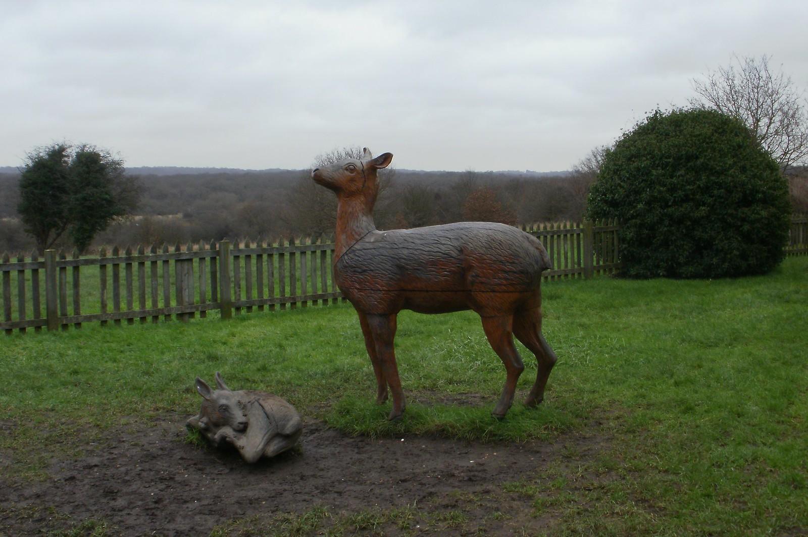 Elizabeth I lodge deer statues Chingford OLYMPUS DIGITAL CAMERA