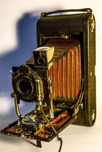 No. 3A Folding Pocket Kodak Model B-4 | by TAZMPictures