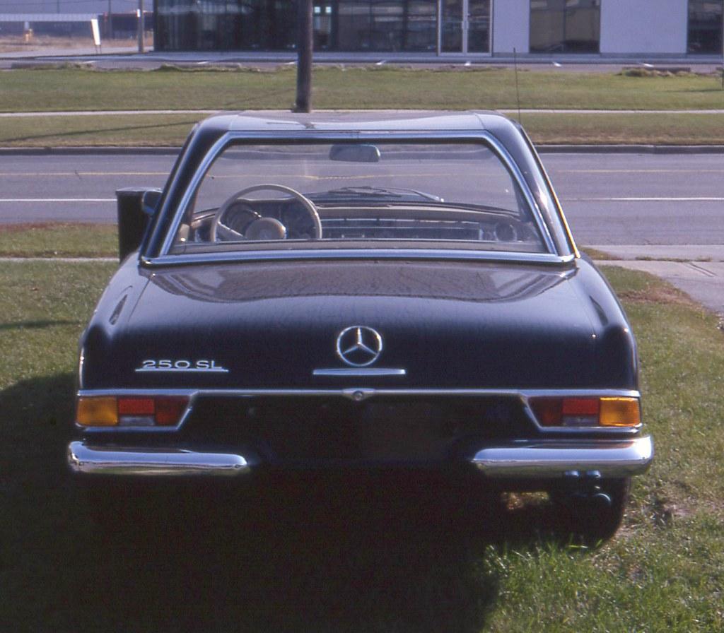 Mercedes Benz 250sl: 1967 Mercedes-Benz 250 SL Convertible