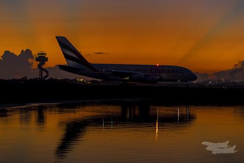 sunrise dawn australia mascot emirates airbus a380 newsouthwales ek