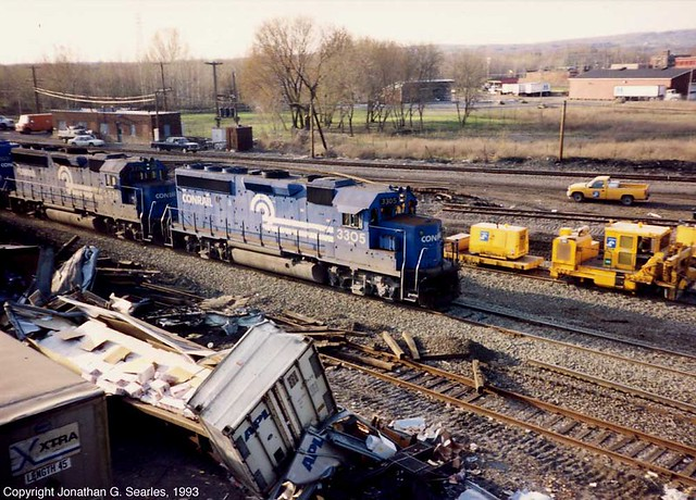 Conrail #3376 and 3305, Utica, NY, USA, 1993