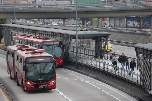 Passengers waiting for the TransMilenio