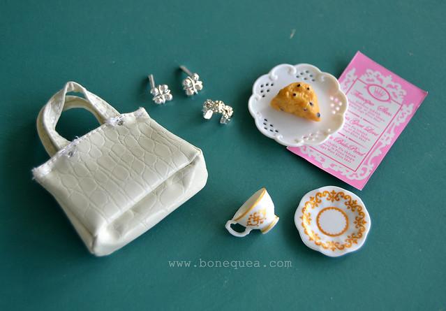 The Barbie Look: Sweet Tea details