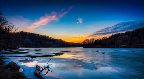 sunset sky lake clouds frozen pittsburgh outdoor pennsylvania raccoonlake raccooncreekstatepark