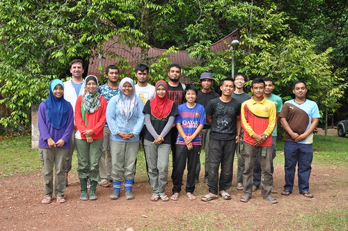 Wed, 01/27/2016 - 16:51 - Stuart Davies, Director of CTFS - ForestGEO, with field crew in Pasoh, Malaysia in 2016  back row from left: Dr. Stuart Davies; Muhammad Kayrin Asrizal; Mustakim Mustaffa; Mohd Norhafizi Azahar; Mohammad Noor Faiz Abd Johar; Yao Tze Leong; Khairiz Azry Angik  front row from left: Musalmah Nasardin; Nurul Hidayah Amir Kamal; Nor Maisarah Samad; Nurul Noor Fatiha Ahmad; Norhaizin Hayati Malik; Zulkarnaen Muniran; Muhammad Saiful Azhar Nordin; Abdul Qhatib Al-Amin Muhammad  Photo taken by Yao