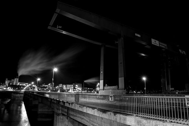 Am Wasserkraftwerk Rheinfelden