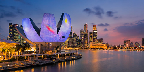 sunset art water architecture lights singapore cityscape outdoor sg singapur marinabay longtimeexposure ilightfestival