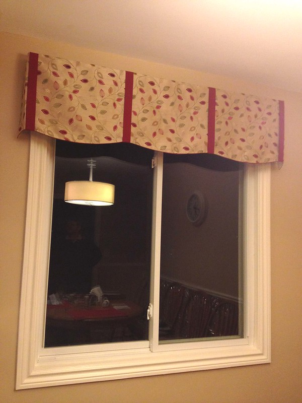 Valance with Contrast Tabs