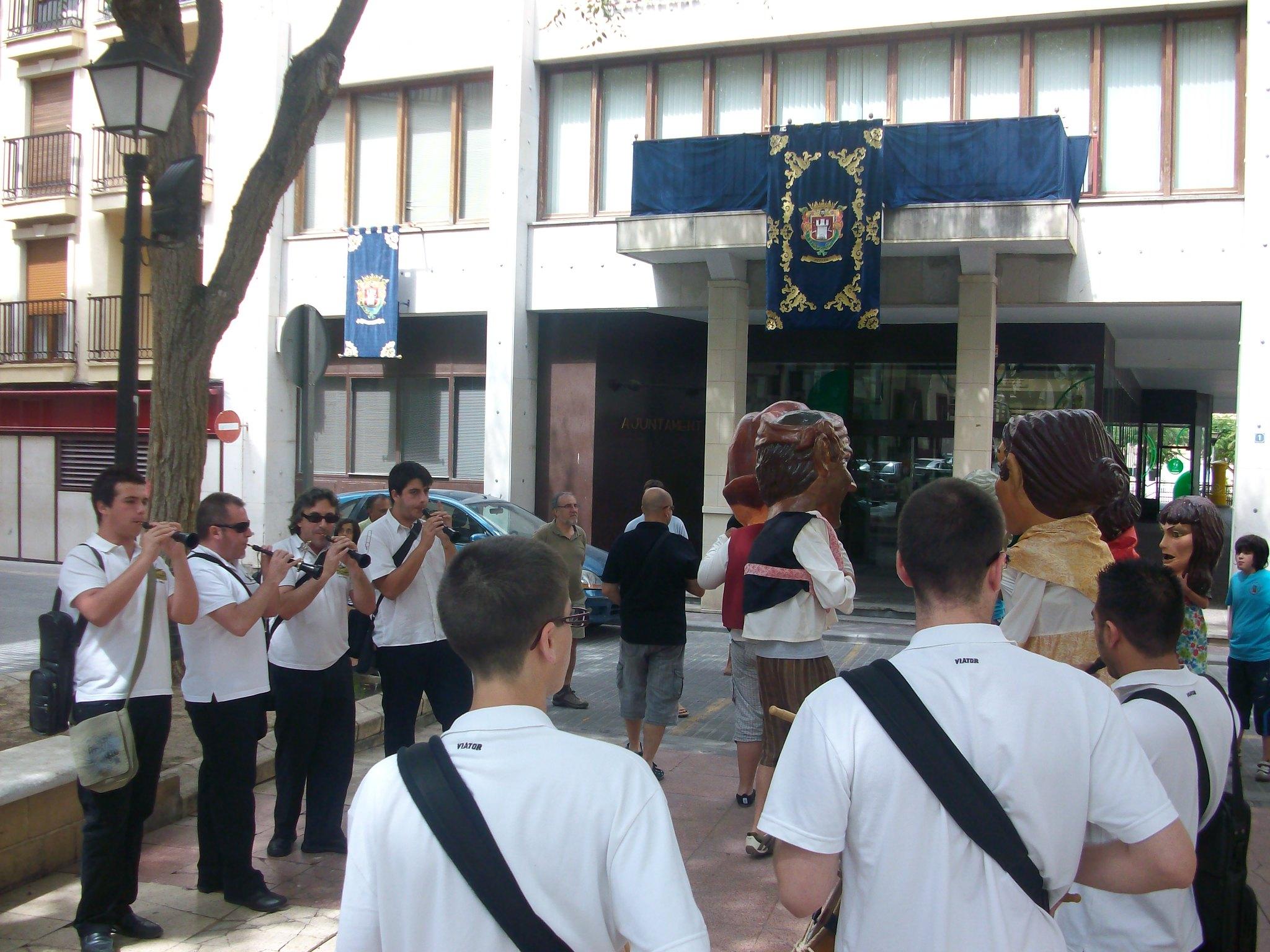 (2010-07-04) - Pasacalle Gent de Nanos - José Vicente Romero Ripoll -  (02)