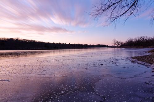 longexposure winter sunset sky lake water clouds landscape evening ks nd kansas junctioncity neutraldensityfilter 10stop gearystatefishinglake
