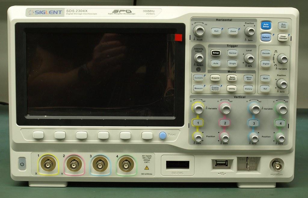 Siglent SDS2000X Oscilloscope Teardown | Siglent SDS2000X Os… | Flickr