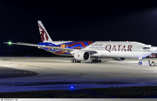 Boeing 777-300ER Qatar Airways A7-BAE