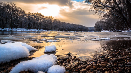 winter sunset snow ice landscape golden riverside peaceful reflect grandriver