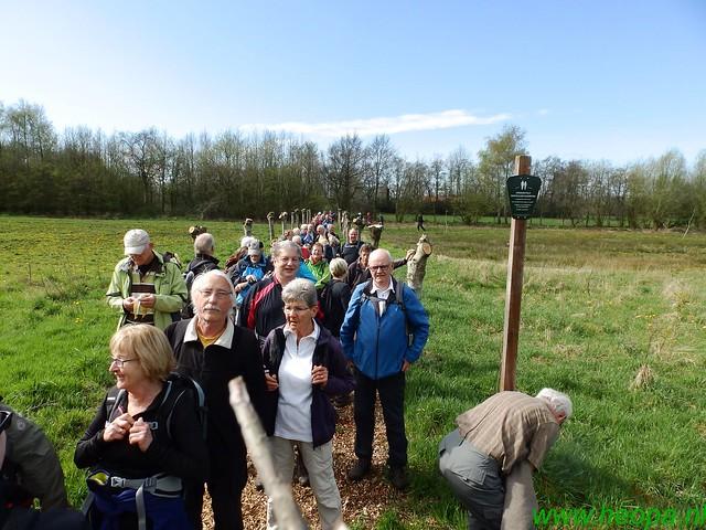 2016-04-12         2 daagse Lunteren      1e dag  25 Km  (40)