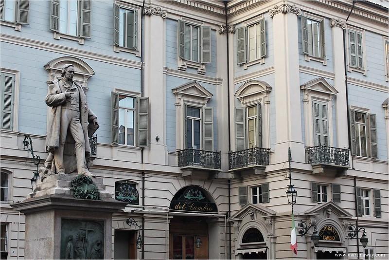 Piazza Carignano.