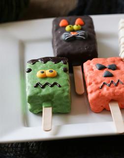 Frankenstein Jack O Lantern and cat Halloween brownie pops | by Berries.com