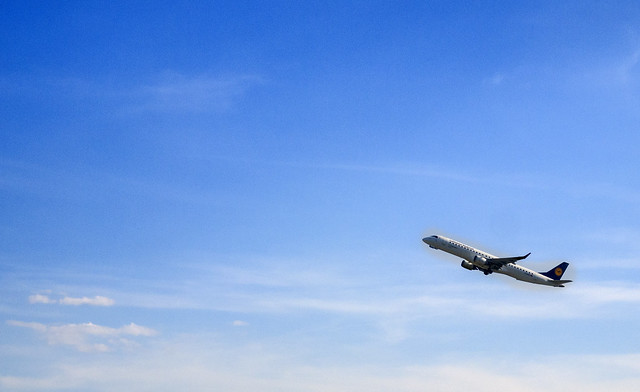 _D-AEBS Lufthansa CityLine Embraer ERJ-195LR