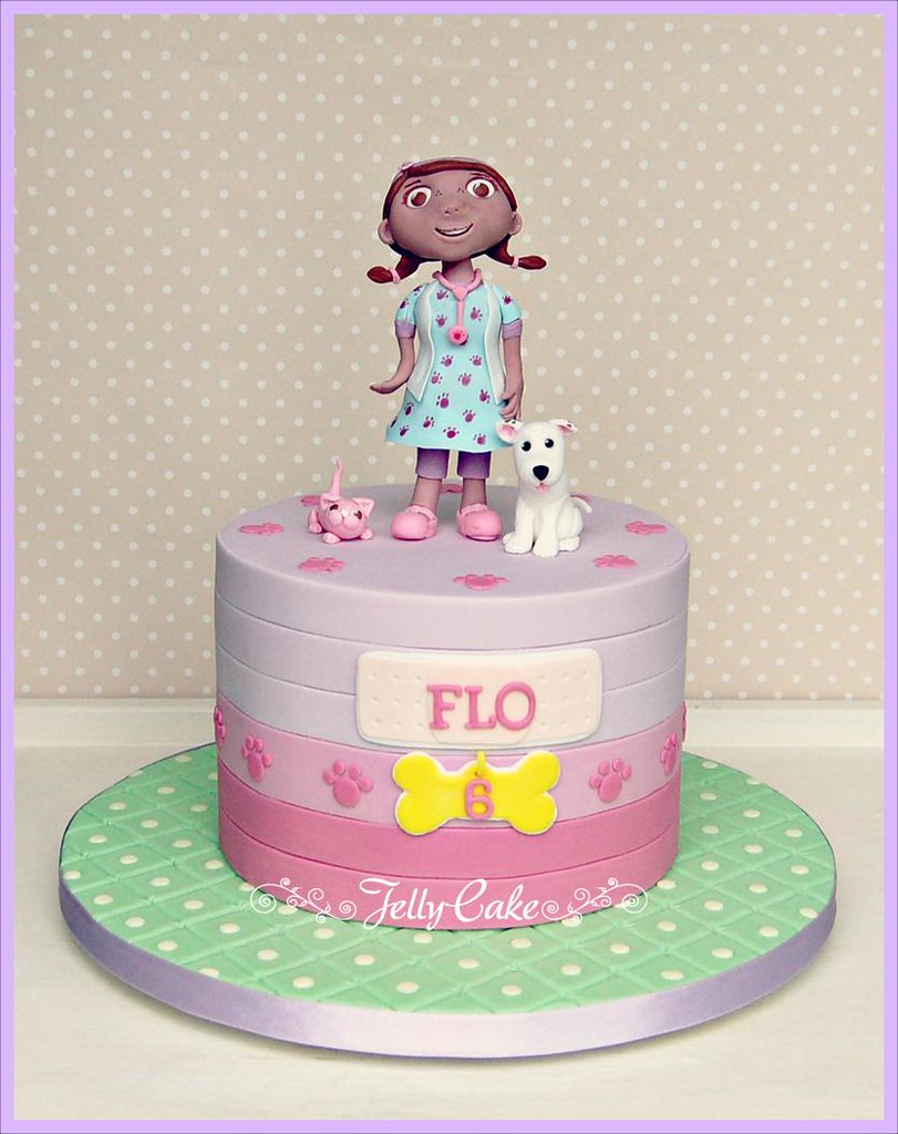 Phenomenal Doc Mcstuffins Birthday Cake A Doc Mcstuffins Pet Vet Styl Flickr Birthday Cards Printable Nowaargucafe Filternl