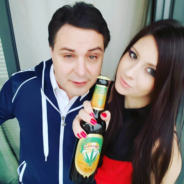 Drinking Cannabis Beer with Rebecca Volpetti in Barcelona