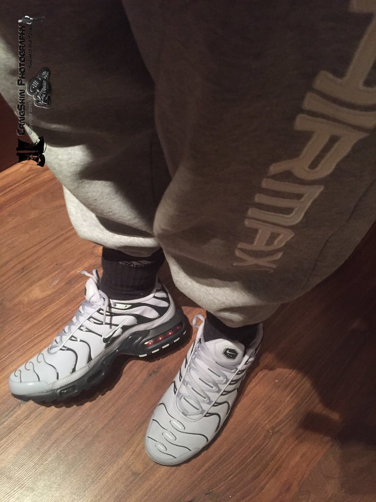 Scally Nike Tns trainers with Adidas
