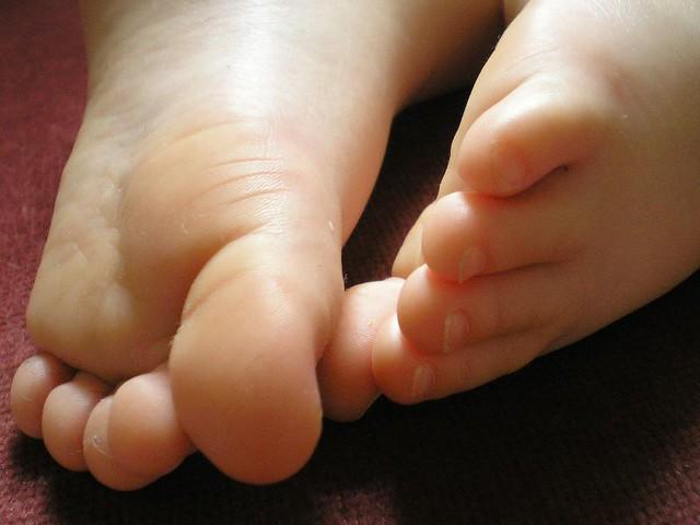 sleeping feet | poppycatopetal | Flickr
