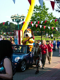 Carnival Parade and Henry Hound