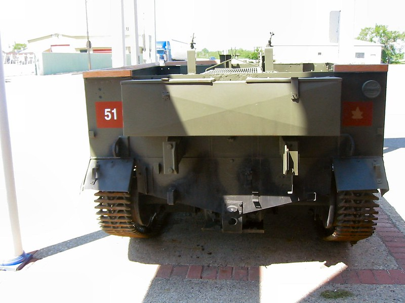 Universal Carrier T-16 4
