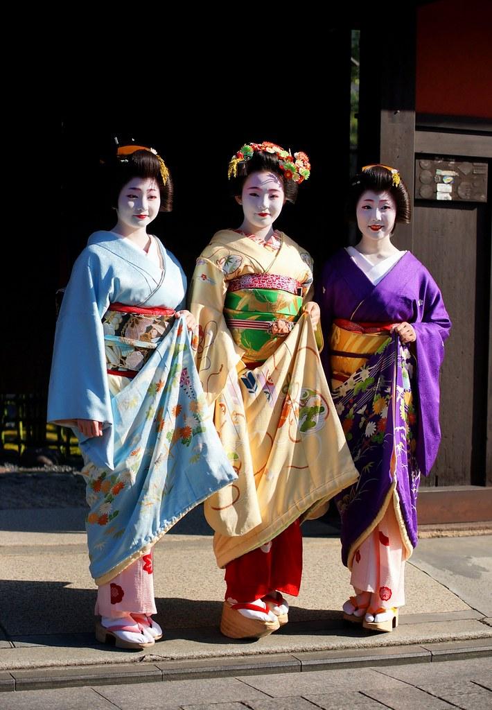 京都の花(祇園甲部初寄り)-2