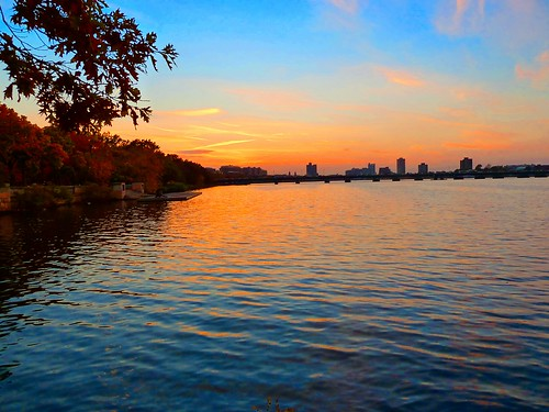 sunset sky color colour water boston reflections river geotagged evening massachusetts charlesriver newengland panasonic backbay brooks dmczs5 xz1 brooksbos