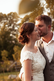 Chatelle & Dan | Cottage Country Wedding | by zoeyheath.com