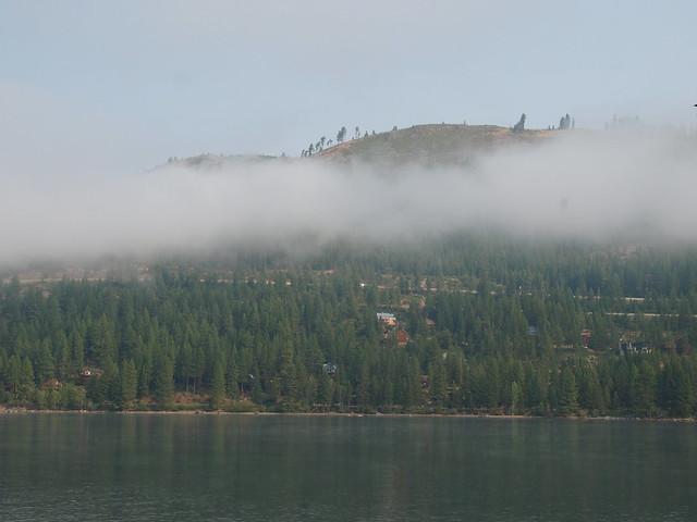 O8080040 Donner Lake morning low clouds