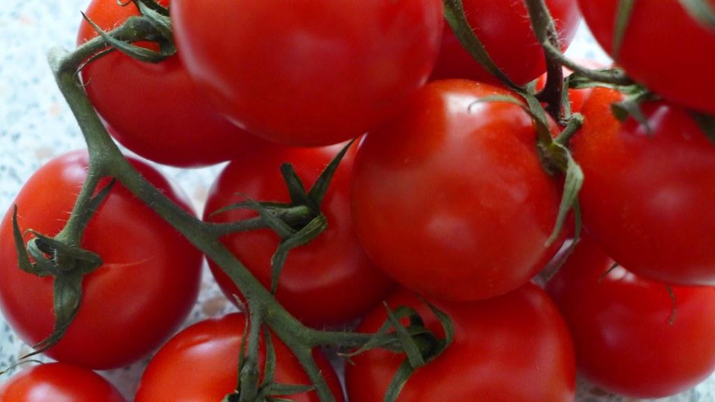 you say tomato (AmEng) i say tomato (BrEng)